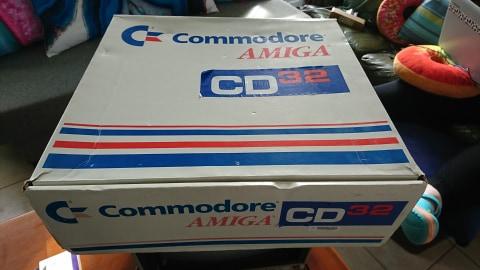 boite cd32